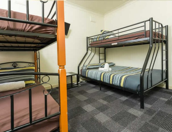 hostel-private-room-5
