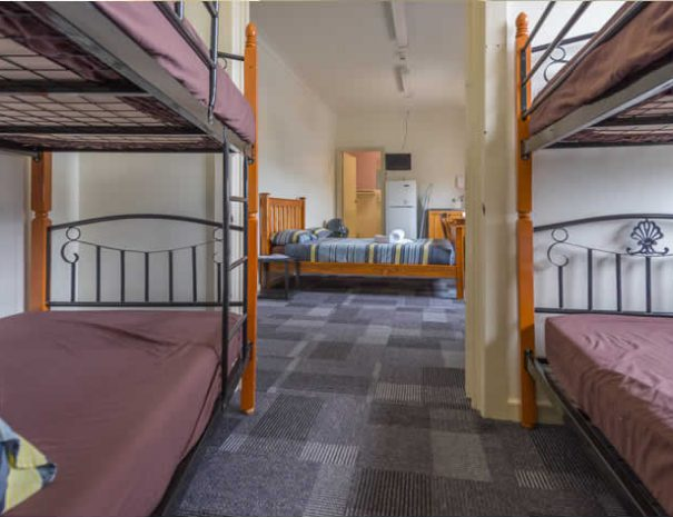 hostel-private-room-6
